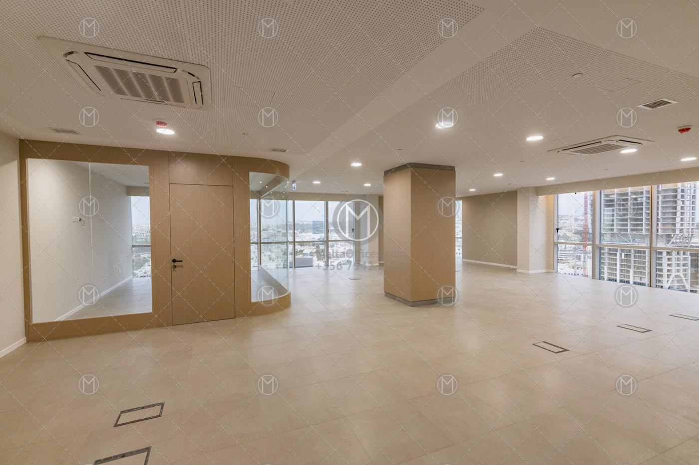 150m2 Portomaso Office For Rent