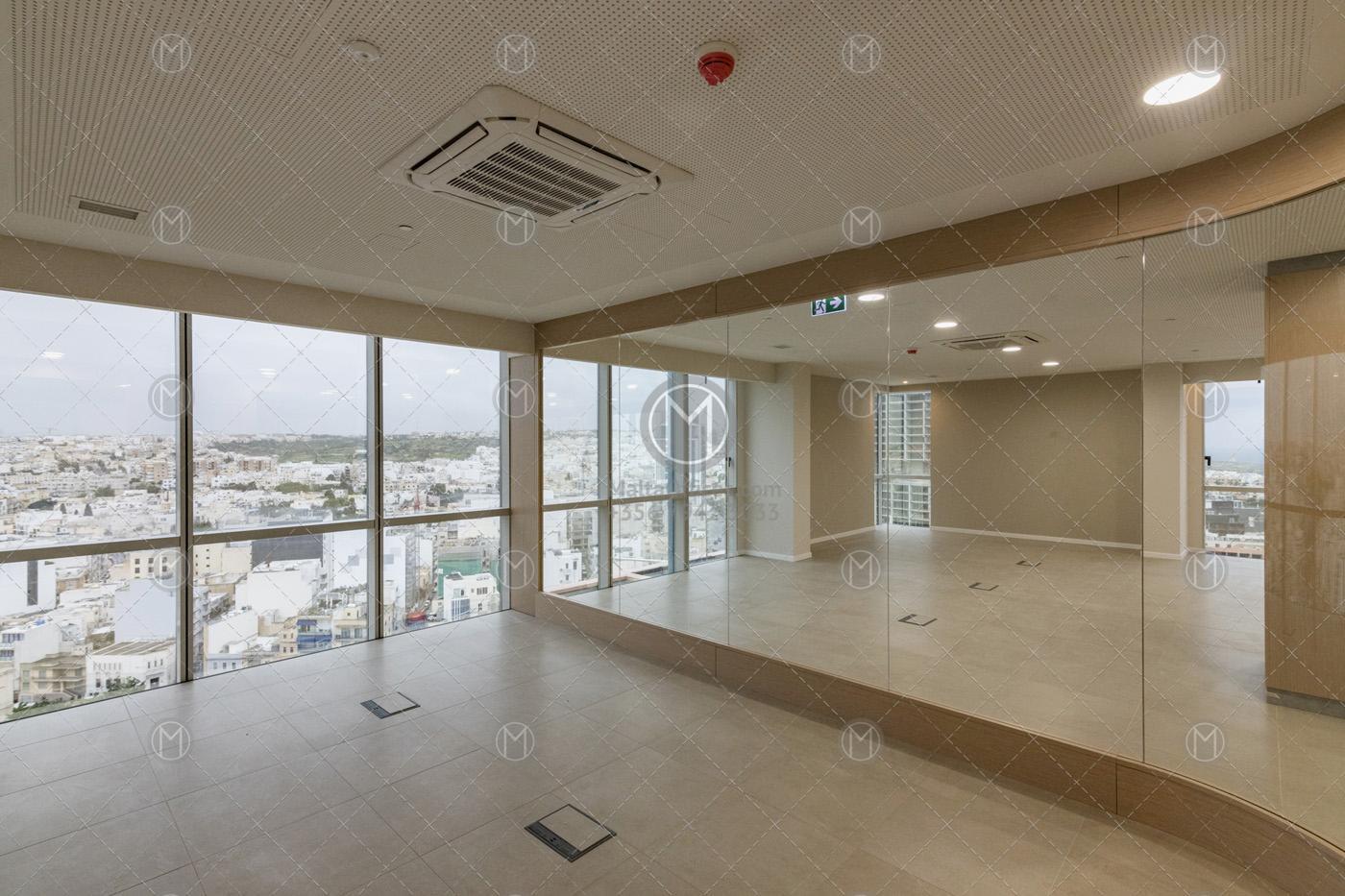 150m2 Portomaso Office For Rent