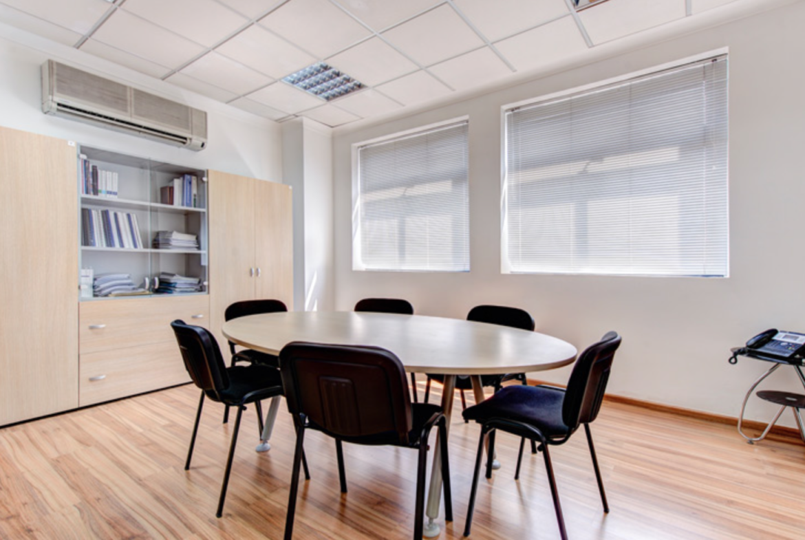 155m2 Offices in Gwardamangia for Rent - (1)