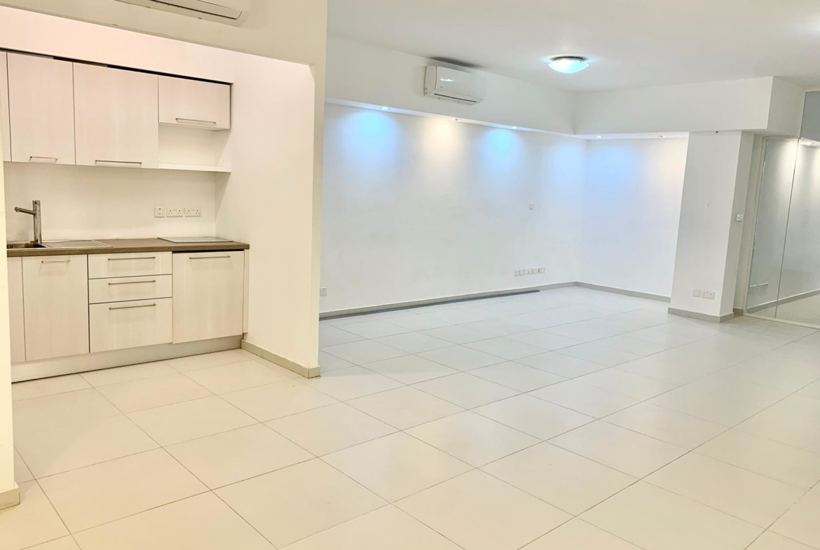 Office for rent on Tower Road in Sliema (90m2) - (1)