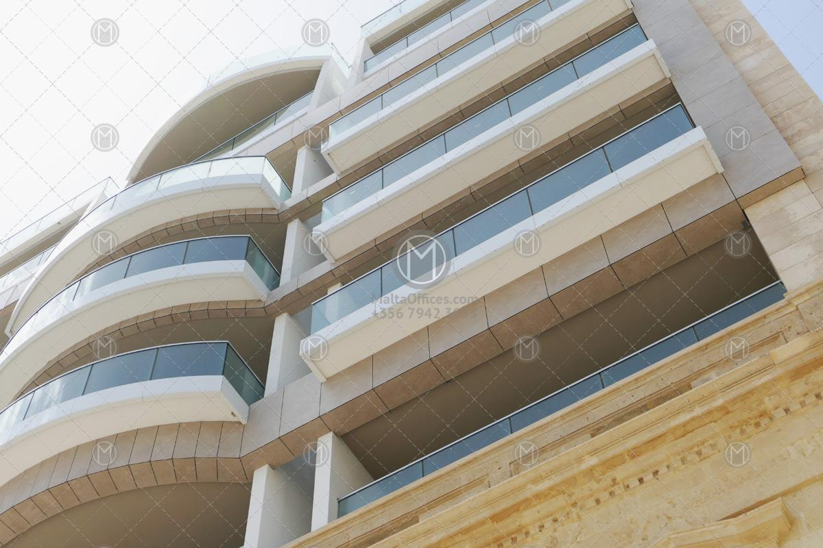 Piazzetta-Business-Plaza-Offices-for-Rent-5