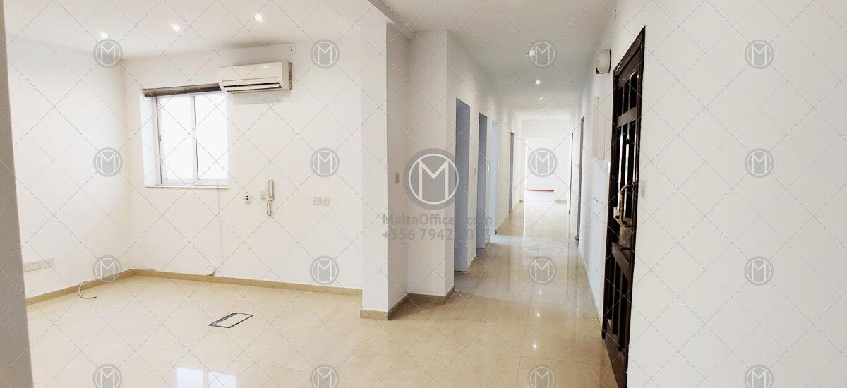 Sliema Office for Rent in Shopping District (180m2)
