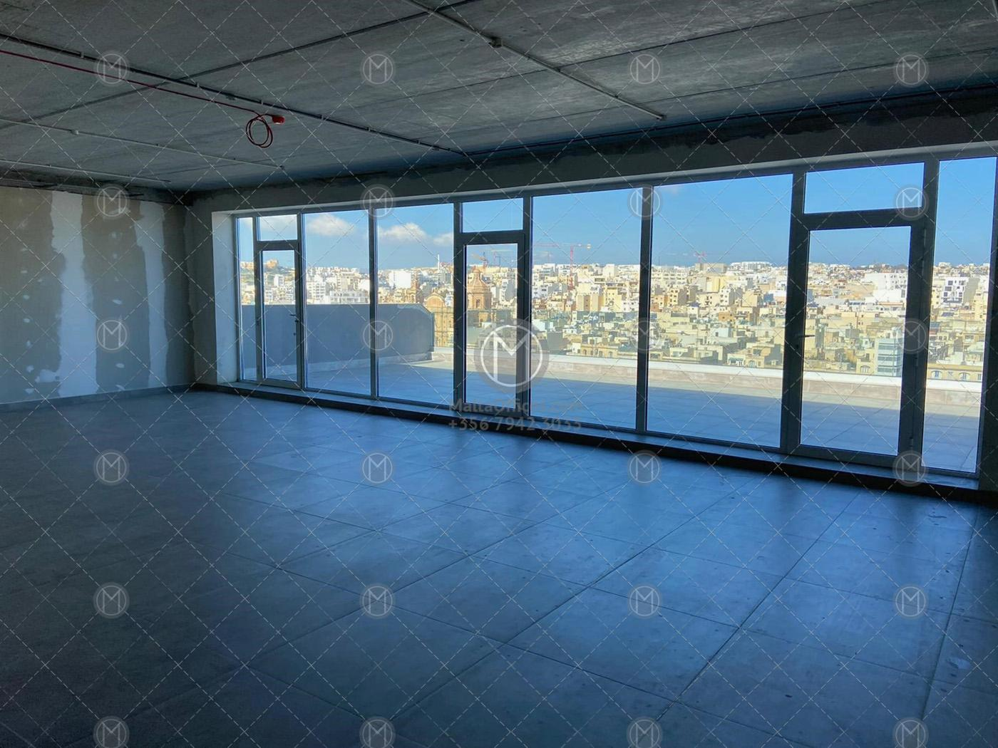 Seafront Office Building in Pieta for Rent