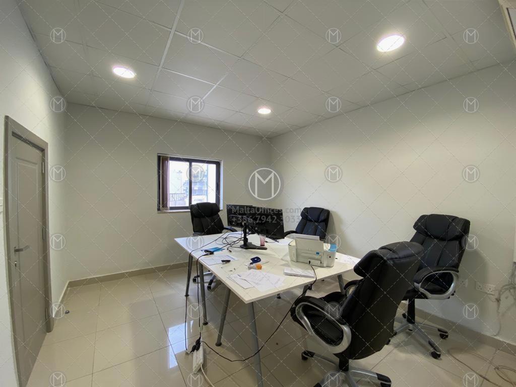 Penthouse Office in Ta' Xbiex