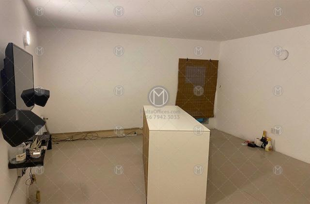 Gzira Retail Office to Let