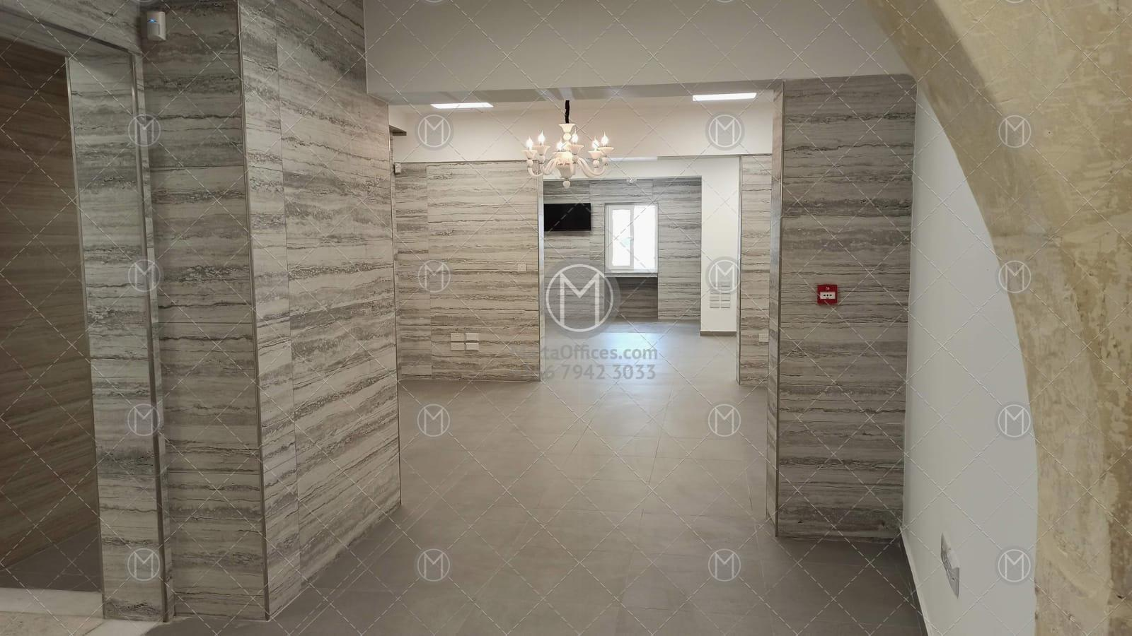 Traditional Floriana Office for Rent - (5)